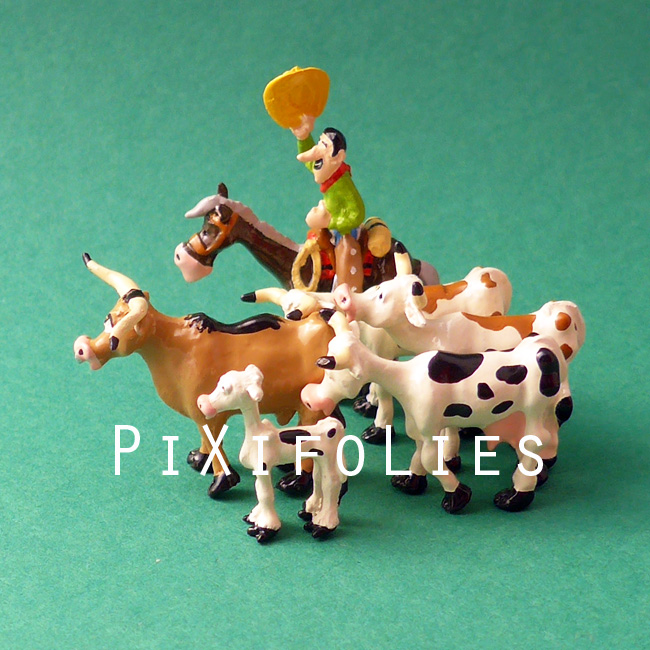 Pixi MORRIS : Mini & Ville de Lucky Luke Troupeau Longhorns et cow-boy - 6 fig.